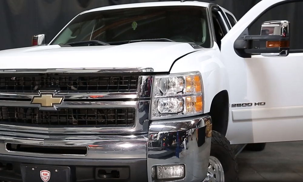 2007-2014 Chevy Silverado with OEM headlights
